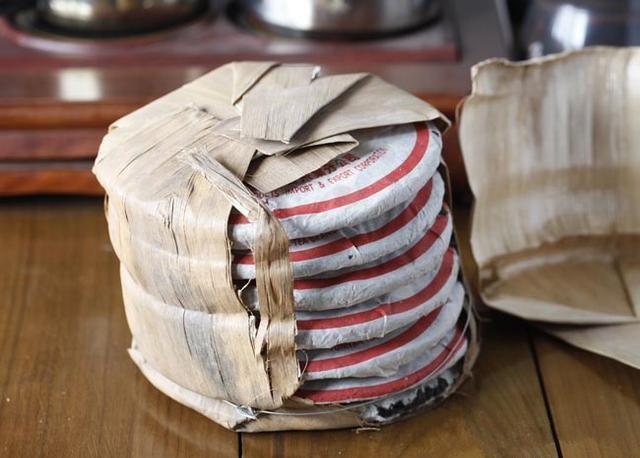 Puer Tea 百年老字號 同慶七子餅 90年代 老熟普洱茶餅